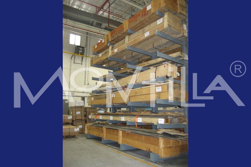 , transportadores de rodillos y de banda, cadenas de ingeniería e industriales